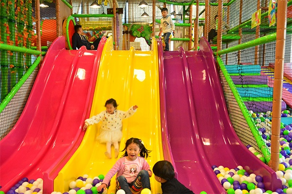 Six Slides Indoor Playground Equipment